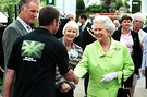Queen Visits New Zealand Garden