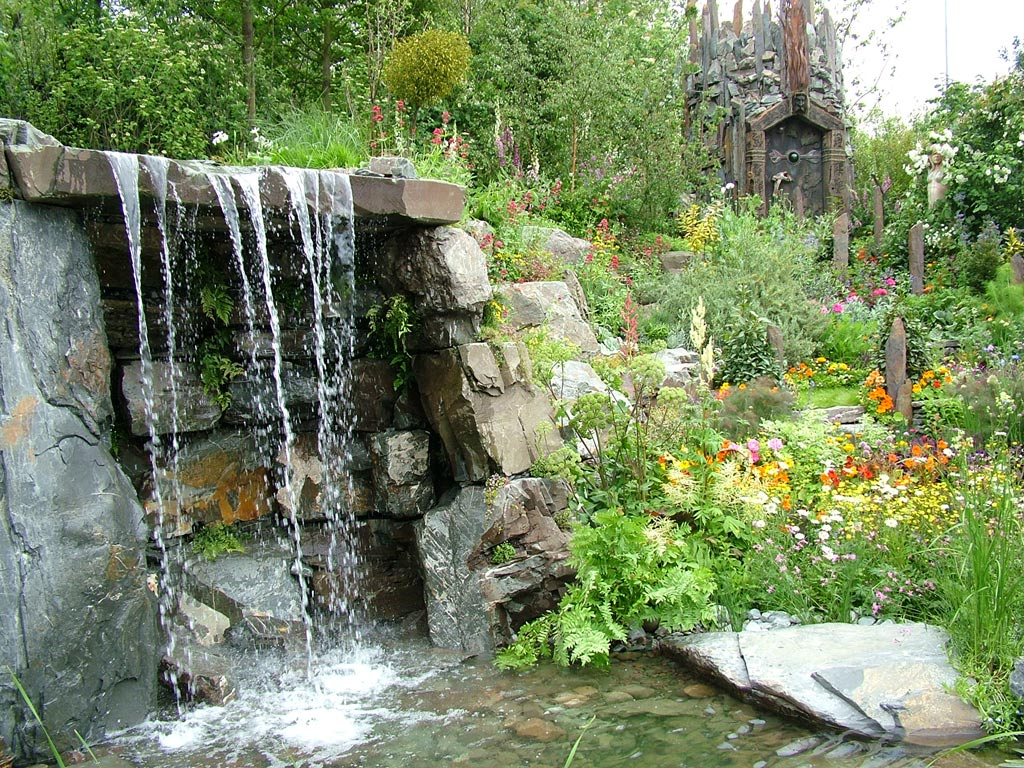 2004 for Garden waterfall