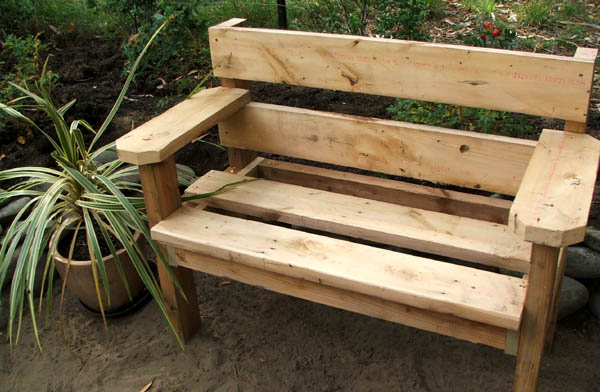small outdoor bench plans