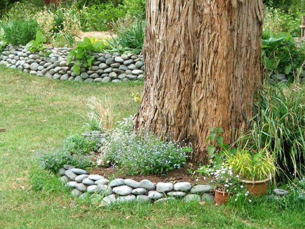Stones In The Garden Garden journal 08 gum stones garden workwithnaturefo