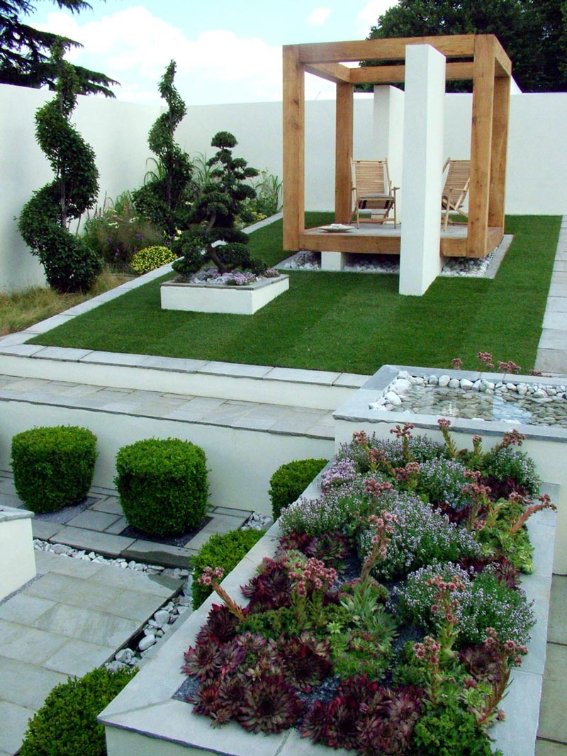 Hampton court flower show gardens for Contemporary garden designs and ideas