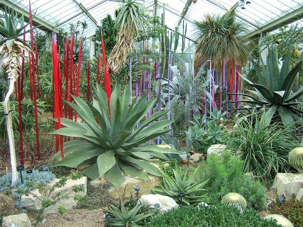 Astonishing Glass Art For The Garden Ideas - Exterior ideas 3D ...